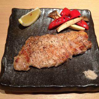 ルイビ鶏の溶岩焼(Kokori (和味和酒ココリ))