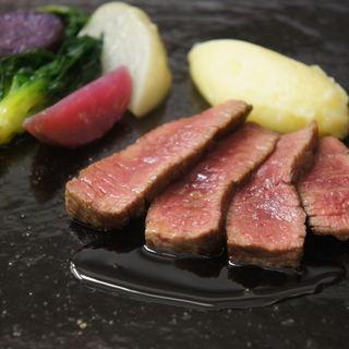 黒毛和牛のロースト 赤ワインソース(リストランテツヅキ (Ristorante TSUZUKI))