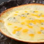 4種チーズのピッツァ クワトロフォルマッジョ