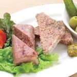 豚肉とクルミのパテ