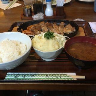 トンテキランチ(御幸亭 (みゆきてい))