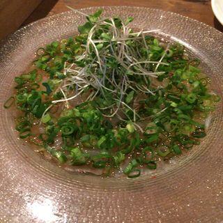平目のカルパッチョ(鶴見葡萄酒酒場 )