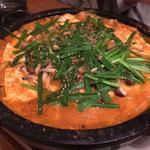 石焼ホルモン鍋キャベツ入り(たもん)