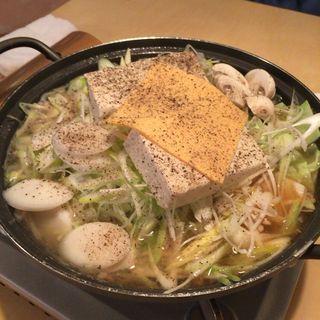 ソーセージ鍋(李朝 )
