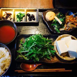 京湯豆腐おばんざい御膳(世阿弥wabi-sabi)