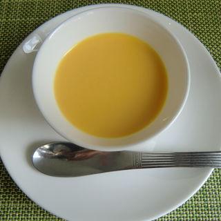 コーンスープ(四川菜 龍滕 )