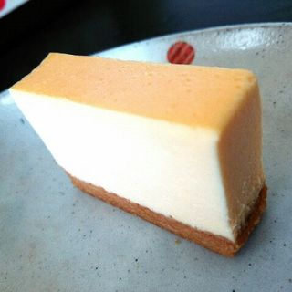極楽チーズケーキ(ガトー・ド・ミエル (Gateau de Miel))