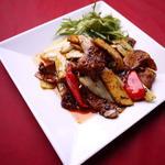 豚バラ肉とキノコの炒め物
