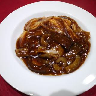 牛肉と野菜のとろみ餡かけ醤油炒め(老地方  (ラォディファン))