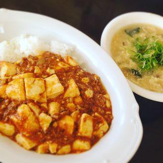 麻婆丼と玉子ワカメスープ(自宅)
