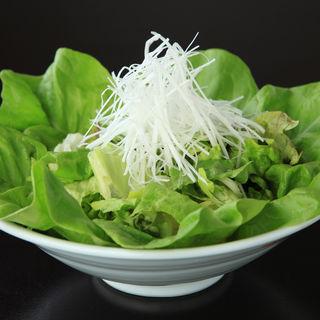 りょうぶの葉っぱサラダ(良食健富 りょうぶ)