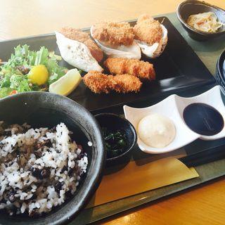 広島産生牡蠣フライ膳(はまぐり庵 )