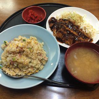 炒飯定食(屯喜朋亭)
