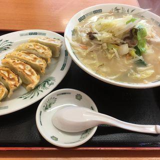 タンメンとギョーザのセット(日高屋 成瀬店 )