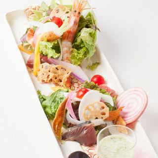 香家特選 魚介たっぷり海鮮サラダ(香家 上野店 (~KOUYA~))
