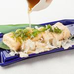 京風 出し巻玉子 ~比内地鶏の出汁餡と阿波尾鶏のけずり節~
