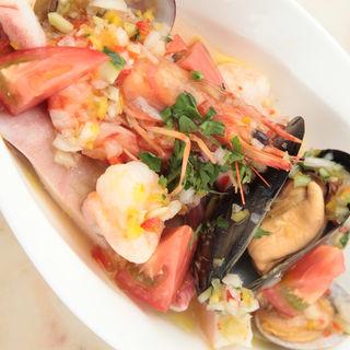 鮮魚のスープ蒸し(赤坂スペインクラブ アラ )