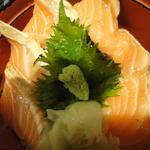 サーモン丼(新鮮市場 馬喰町店 )