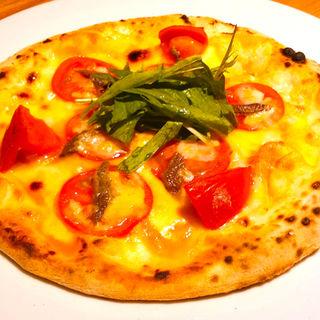 アンチョビと2種トマトのピザ(洋安健果 ベルポスト (Bel posto))
