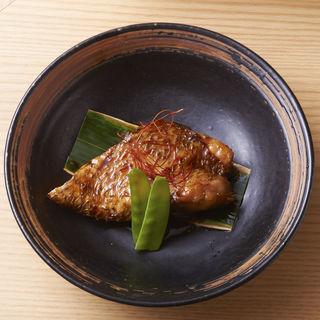 鮮魚の煮つけ(佐っちゃん 六本木 )