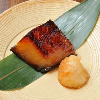 銀鱈の味噌漬焼(旬菜 青山)