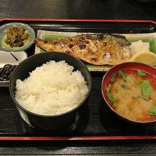 焼ざかな定食 (さかな料理 たから )