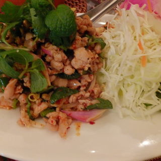 ラープガイ(タイ料理 パヤオ )