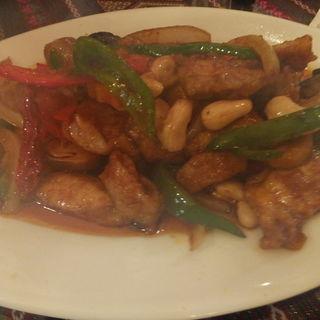 鶏肉とカシューナッツ炒め(タイ料理 パヤオ )