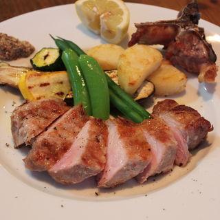 豚肉のグリル( SAKASE 2010)