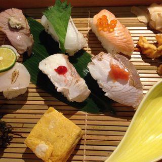 季節の六種炙り寿司(新潟 食楽園 )
