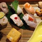 季節の六種炙り寿司