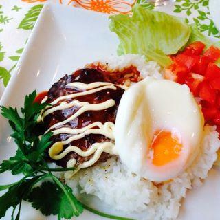 ロコモコ丼(丘の上 C-flat (シー フラット))