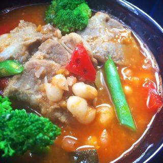 豚肩肉と野菜のトマトスープ煮込み