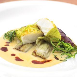 鮮魚のキャベツ包み クリームソース(tetote)