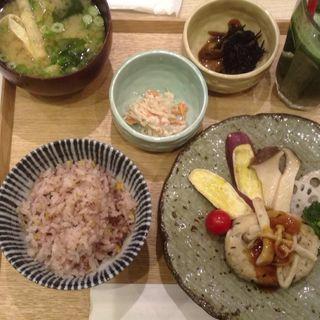 豆腐ハンバーグセット(かんみこより 川西阪急店 )