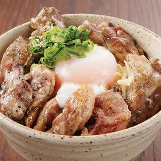 名物塩だれ親子丼(日本橋 ぼんぼり 汐留店 汐ぼん)