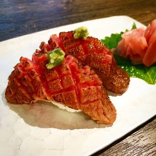 牛にぎり(京の焼肉処 弘 木屋町店 (キョウノヤキニクドコロ ヒロ))