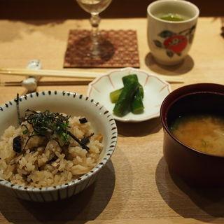 キノコの土鍋(初代割烹高橋)