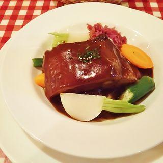 黒豚の赤ワインソース(ビストロ フォンテーヌ (Bistro Fontaine))