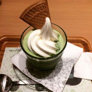 抹茶ソフトフローズン(ナナズ グリーンティー ららぽーとEXPOCITY店 (nana's green tea))