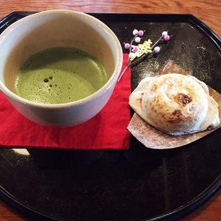 寿(抹茶と栗餅)(岩井屋 )