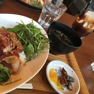 まぐろ丼(魚太郎・蔵のまち )