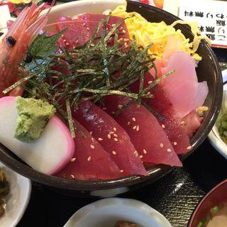 鉄火丼(森田水産 海鮮処新館)
