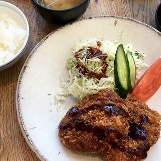 メンチカツ定食(みのる食堂 銀座三越店)