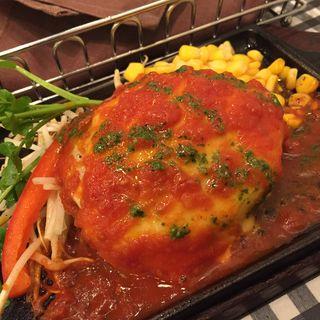 Sサイズハンバーグ Wチーズトッピング トマトソース(数寄屋橋バーグ)
