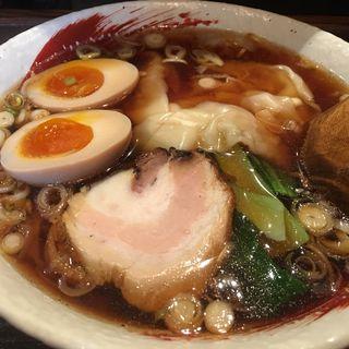 醤油らーめん 煮卵 ワンタン(らーめん中々 (らーめんなかなか))