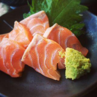 サーモン定食(まるさん松本)