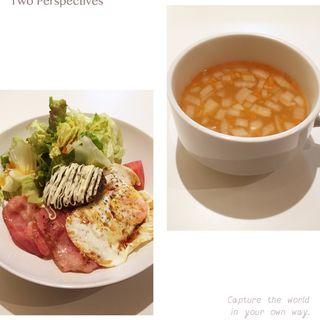 照り焼き豆腐ハンバーグのロコモコ丼(ビタースイート )