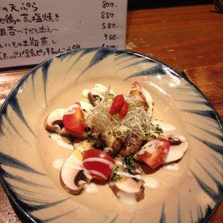 六甲シャンピニオンとアボカドのサラダ仕立て(Vegetable Dining 畑舎 (はたけや))