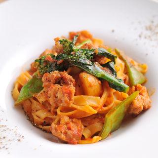 チキンと野菜のパスタ(トラットリア コダマ)